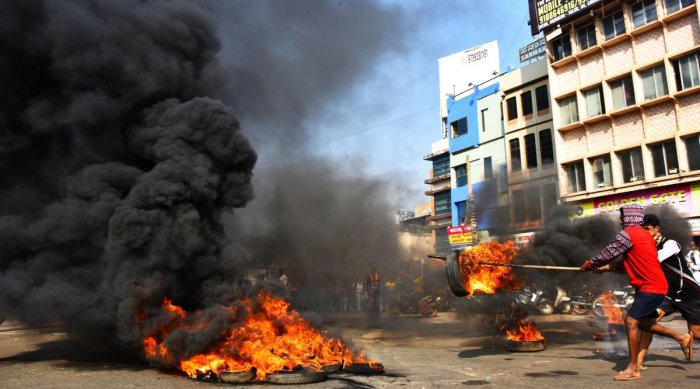 Bandh almost total in Hubballi