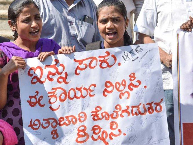 Kalaburagi shuts down to protest against rape, murder of dalit girl