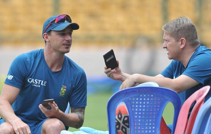 Du Plessis, Steyn back in SA's full-strength squad