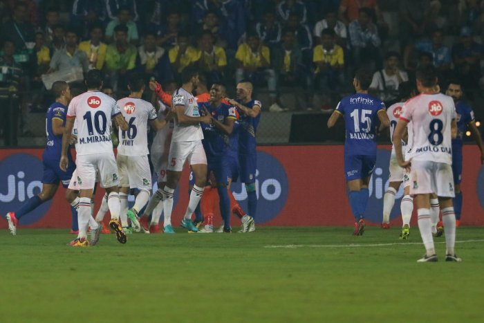 Mumbai clinch ill-tempered tie