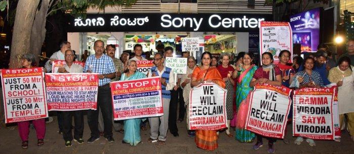 Residents meet senior cop, want all taverns in Indiranagar shut on NYE
