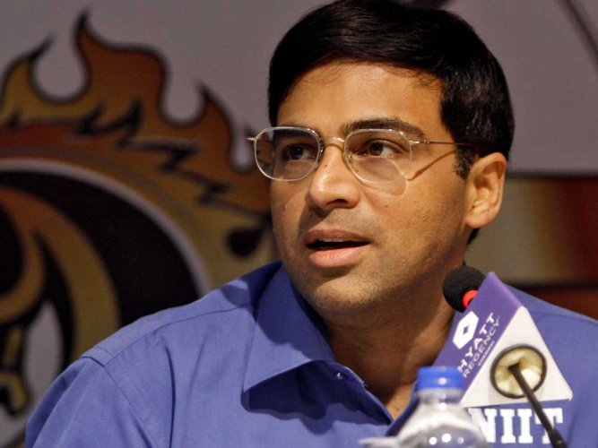 Anand wins bronze in blitz