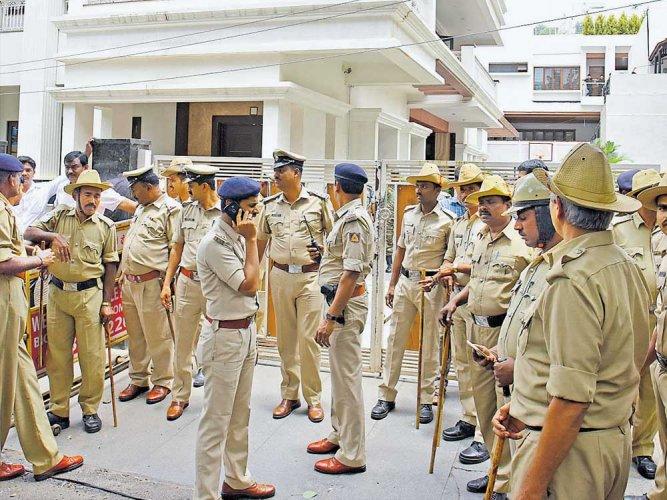 Govt undertakes IPS rejig