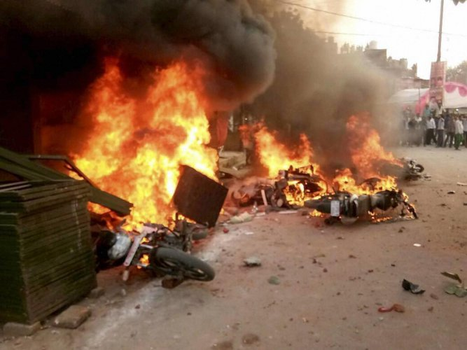 Day after clashes in Pune, tension grips parts of Mumbai