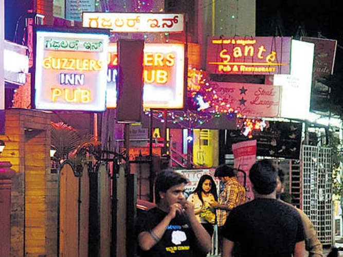 Pub fined Rs 5L for neglecting fire safety