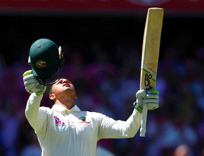 Australia take the lead over England as Khawaja nears Test best