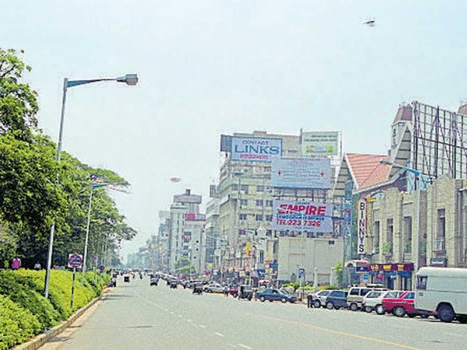 Skywalk set to obscure Gandhi statue, ruin MG Road's aesthetics