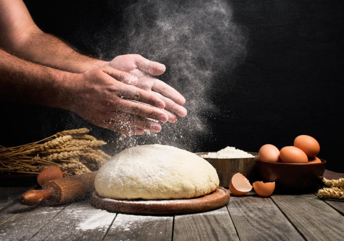 Knead of the hour