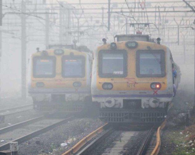 North India reels under intense cold; fog disrupts rail, air traffic