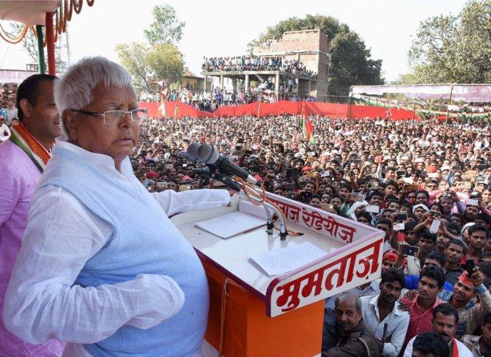 As Lalu blames BJP for his plight, set back for Cong-led opposition?