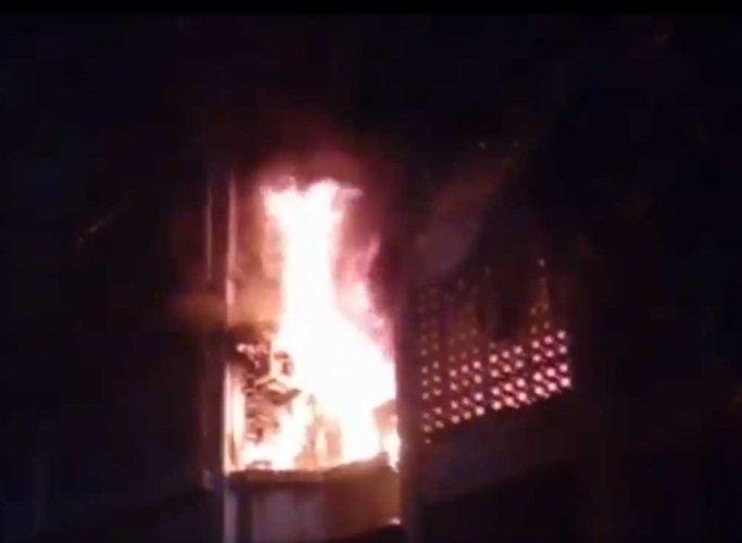 Body recovered from fire-hit film studio in Mumbai