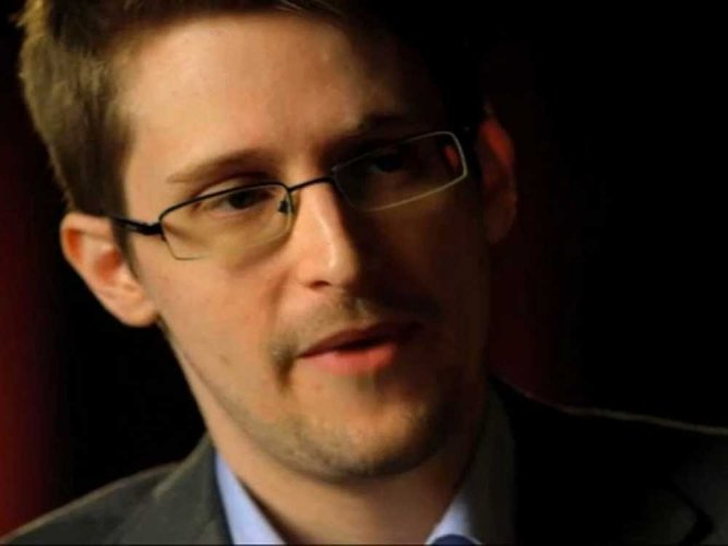 Edward Snowden comments on FIR against The Tribune, holds UIDAI responsible