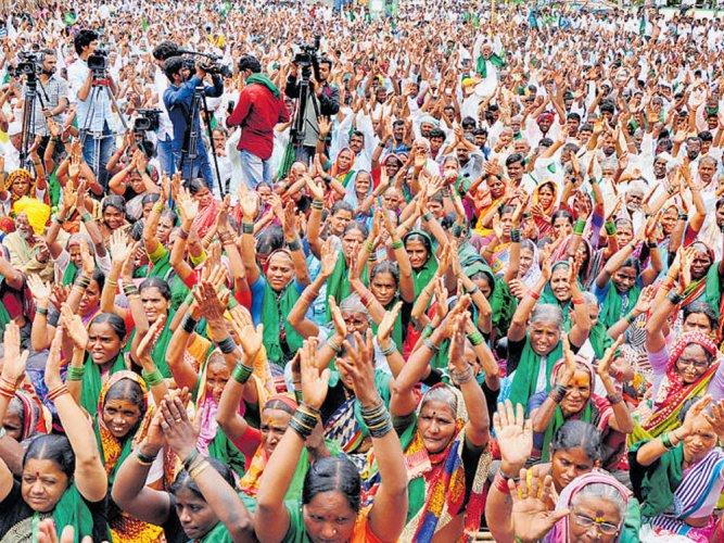 Medley of Mahadayi protesters call for Karnataka bundh on Jan 27