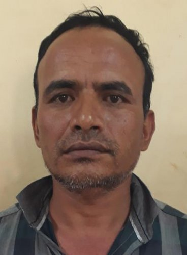 Four Nepali men burgle house; caught before fleeing state