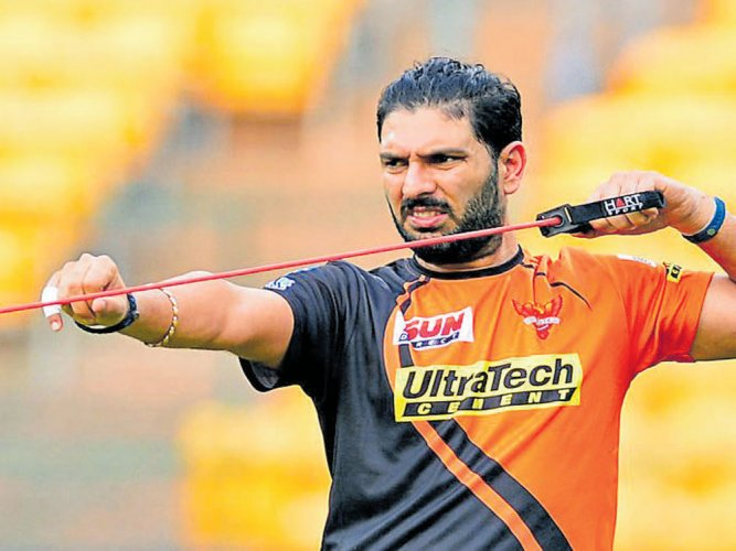 Yuvraj, Gayle, Watson among 1122 registering for IPL auction