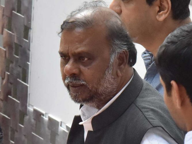 Will seek legal opinions on Sadashiva panel report: Anjaneya