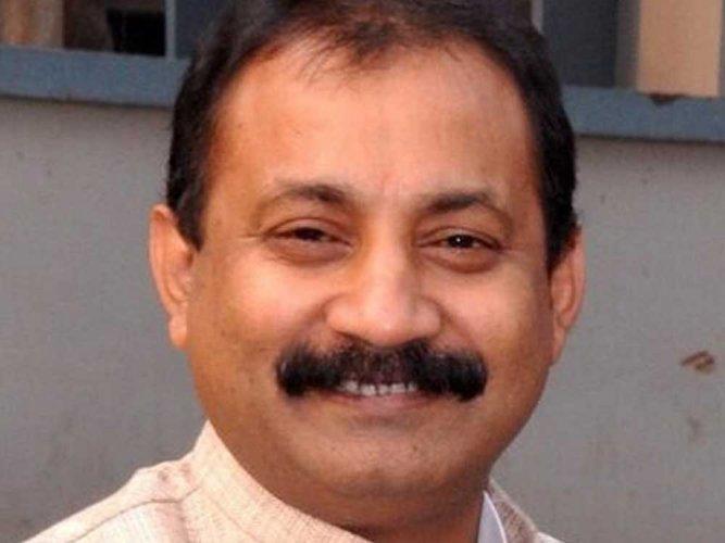 Ex-Bihar Cong chief attends JD (U) feast, raises eyebrows