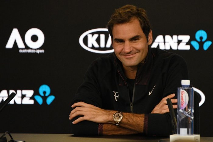 Federer says he should not be favourite at 36