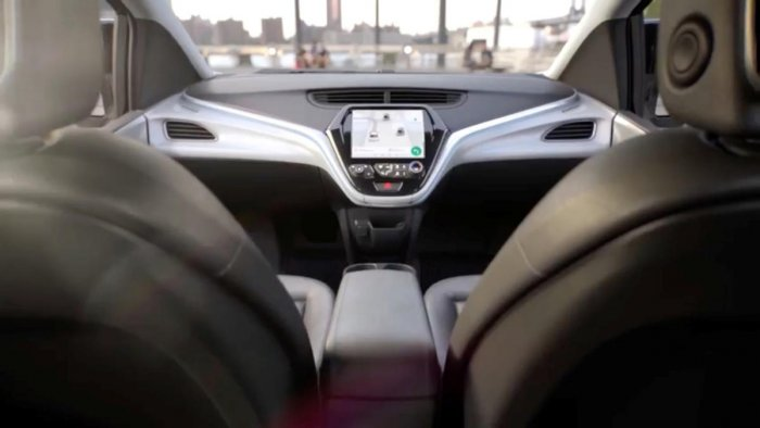No pedal to metal in GM's planned self-driving car