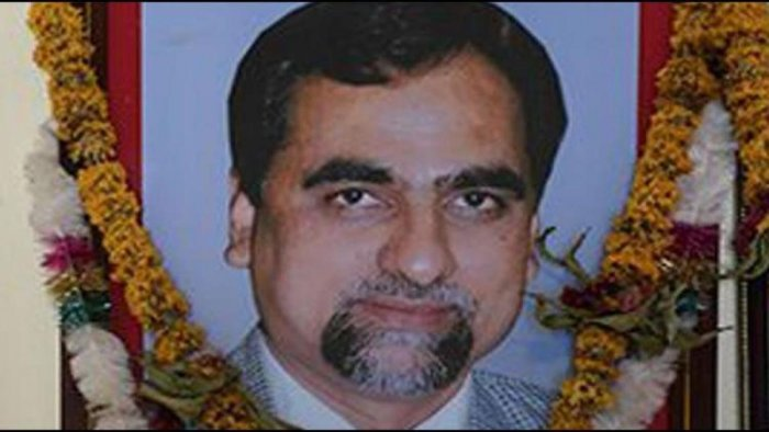 Nothing suspicious about Loya's death, says his son