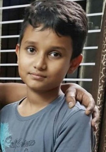 Unexploded cracker lands on boy's head, kills him instantly