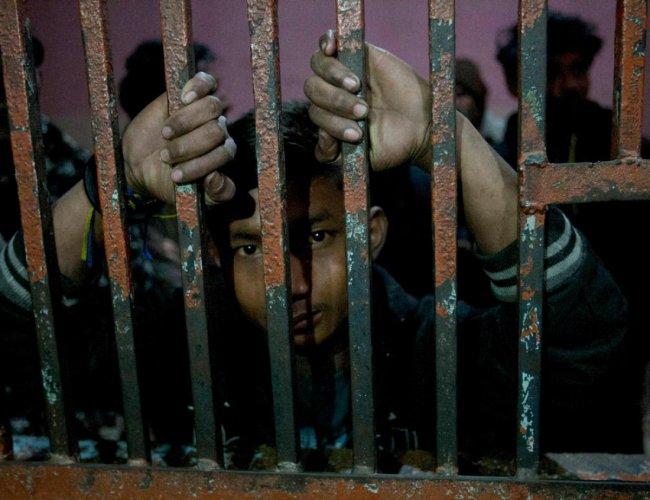 16 TN fishermen arrested by SL Navy, fishing nets snapped