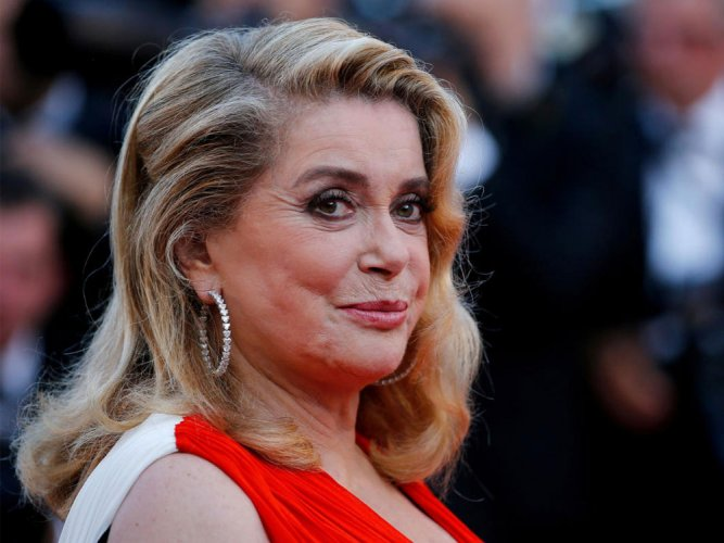 Deneuve apologises to sex abuse victims but stands by letter