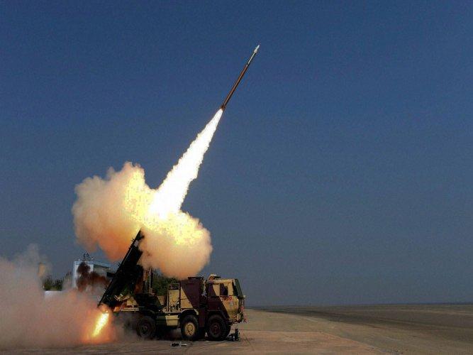 Spike missile deal back on track: Israeli newspaper