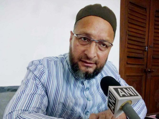 'Padmaavat' is rubbish, don't watch it: Owaisi tells Muslims