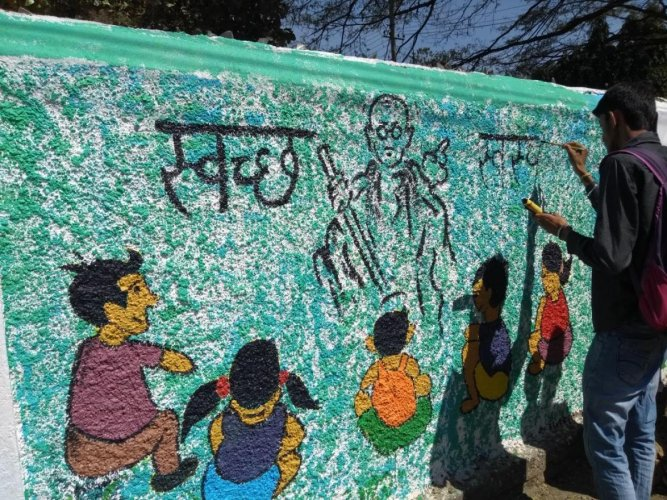City's budding artists deliver creative message of cleanliness