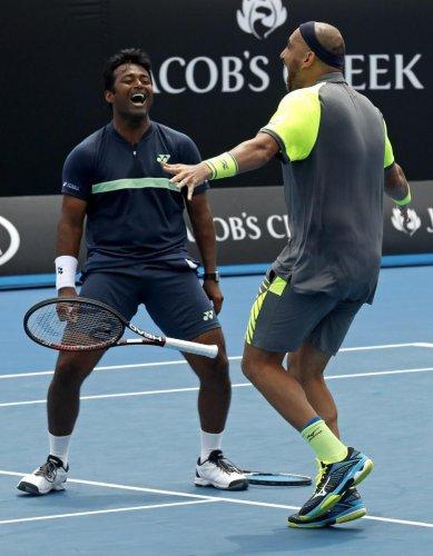 Paes, Raja enter pre-quarterfinals