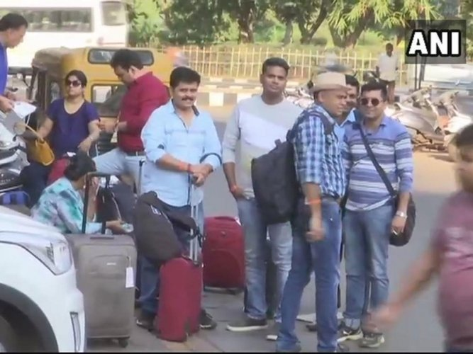 Goa tourist taxi strike to continue on Sunday