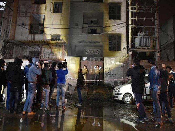 17 dead in blaze at firecracker storage unit in Delhi's Bawana