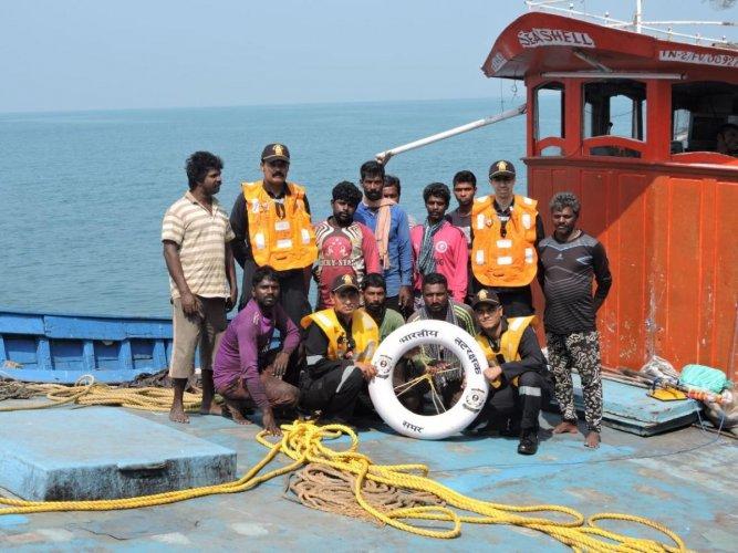 Coast Guard rescues 10 fishermen off Malpe coast