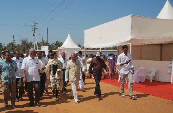 Shravanabelagola to be ready for Mahamastakabhisheka by month end