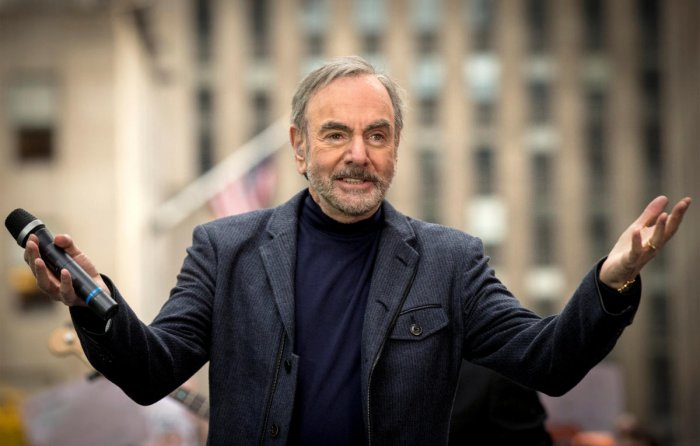 Singer Neil Diamond diagnosed with Parkinson's disease, to retire from touring