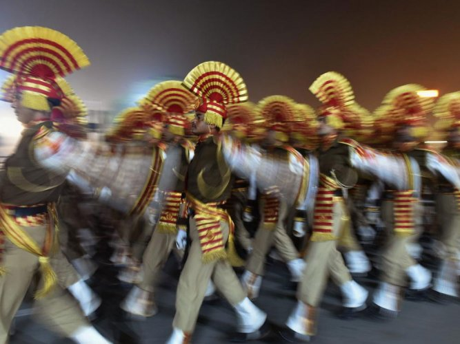 R-Day parade: soldiers will carry the flags of ten ASEAN nations