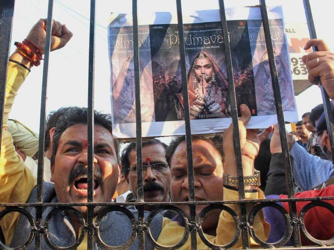 Theatre owners not to release Padmaavat in R'sthan, Bihar fearing vandalism