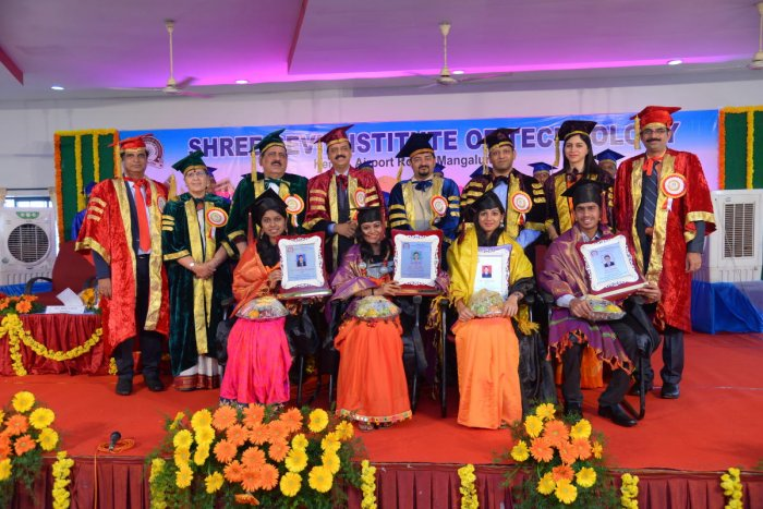 Graduates called upon to contribute for national growth