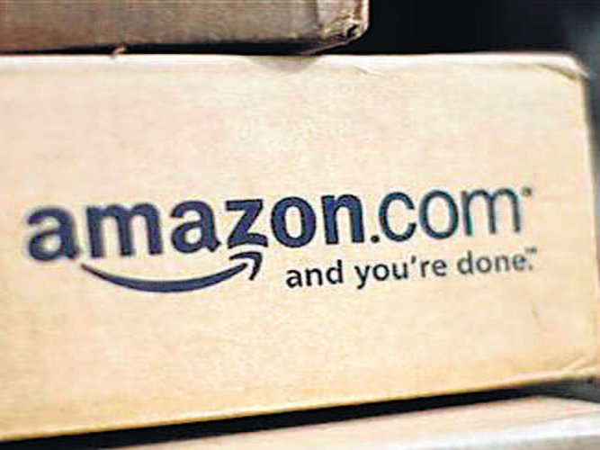 Amazon claims 2X orders than competitor,Flipkart says it leads