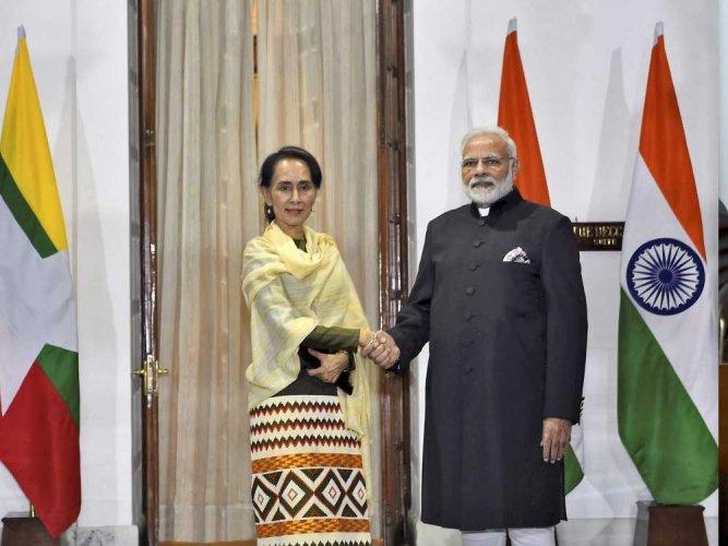 Modi, Suu Kyi discuss repatriation of Rohingya refugees from Bangladesh to Myanmar