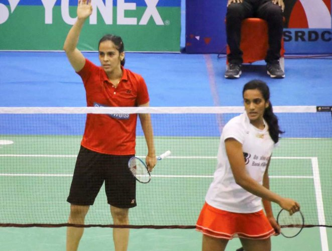 Saina, Sindhu to clash in the quarterfinals at Indonesia