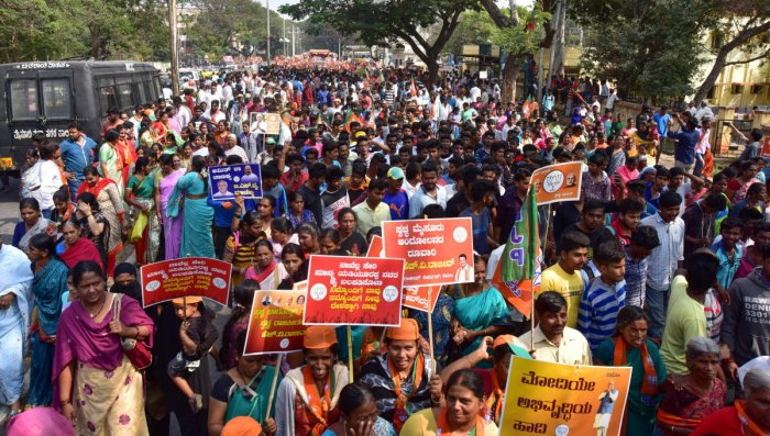 BJP leaders pull all stops to nullify bandh effect