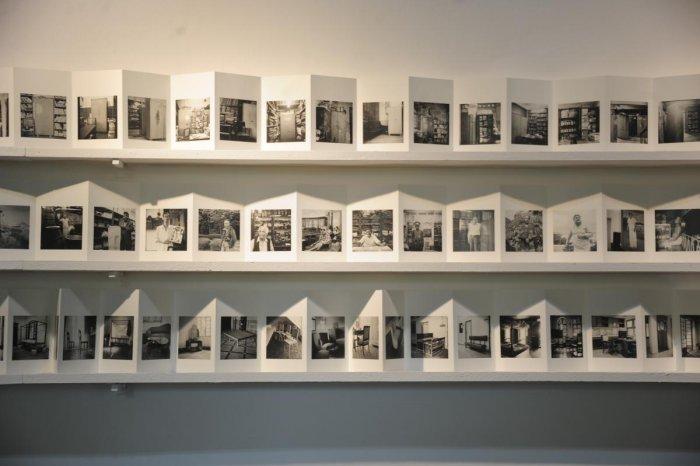 Documenting lives in pocket-sized frames