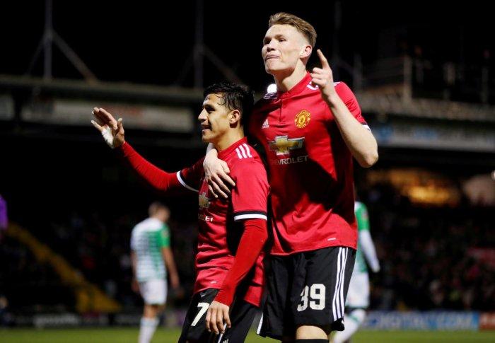 Sanchez sparkles for United