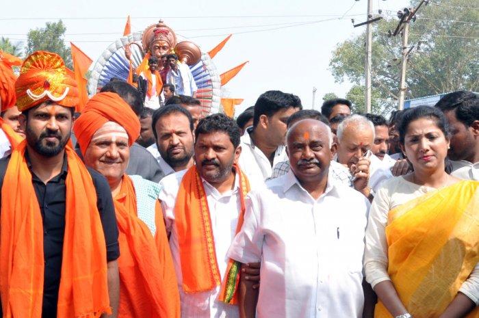 Hanuma Jayanti procession culminates peacefully in Hunsur