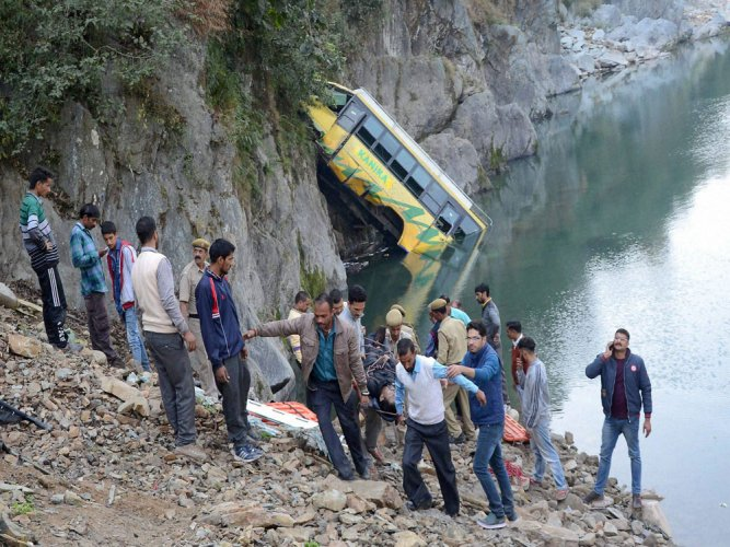 36 killed as bus falls into canal in Bengal