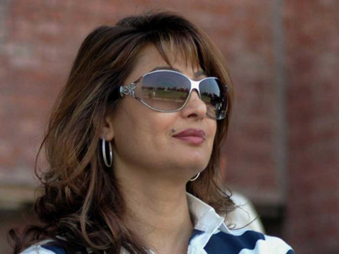SC questions maintainability of Swamy's plea in Sunanda case