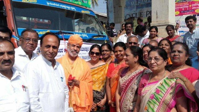 168 tonnes of foodgrains donated for Mastakabhisheka reach Jain Mutt