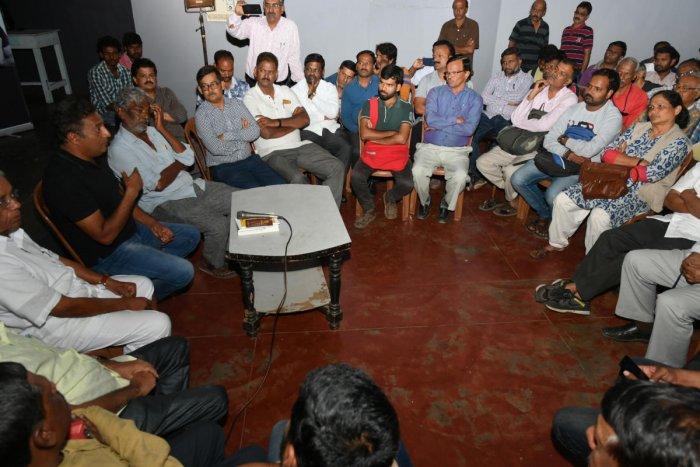 I am anti-Modi & anti-Hegde, reiterates actor Prakash Rai